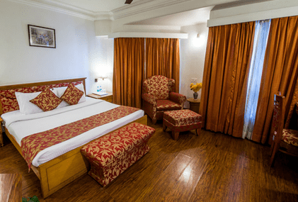 Hotel Misty Meadows Pachmarhi